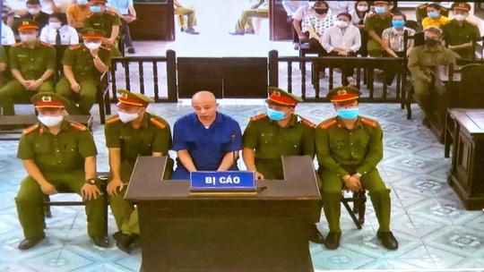 """Tuyên án Đường """"Nhuệ"""" 2 năm 6 tháng tù vì tội """"Cố ý gây thương tích"""""""